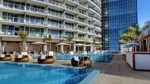 hotelrestaurant-workers-needed-abroad-big-0